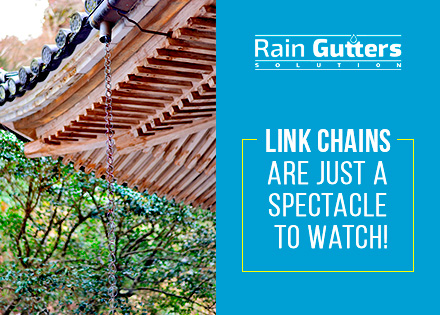 Link Rain Chain at a Japanese Roof