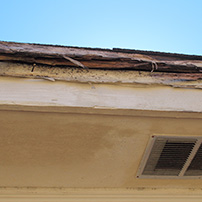 Rain gutters installation wood eaves